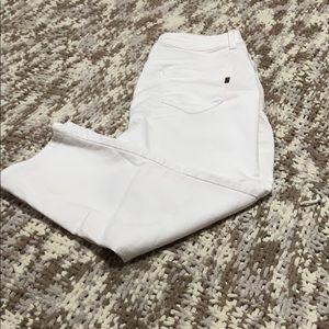 4 for $20 1822 Denim white Jean Capris size 14